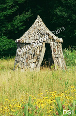 WM Dan Snow Stoneworks 1, Archer's Pavilion, structure, dry laid stone construction, copyright 2014