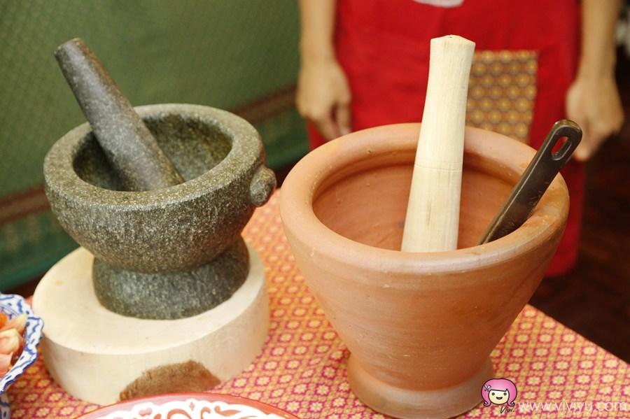 [泰國.曼谷]Sompong Original Thai Cooking School.泰式料理烹飪教室~帶你逛當地菜市場.食譜還能帶回家 @VIVIYU小世界