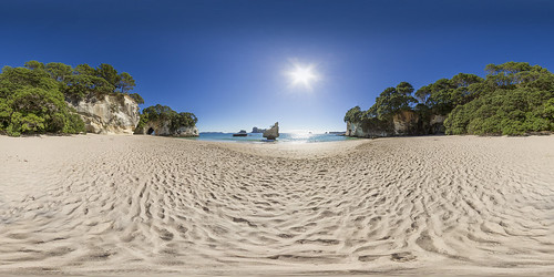 cathedral cove - empty beach - panorama