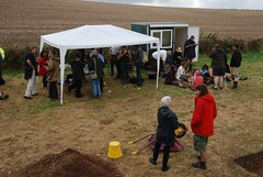 """West Kennet dig, 2014 • <a style=""""font-size:0.8em;"""" href=""""http://www.flickr.com/photos/96019796@N00/14848422756/"""" target=""""_blank"""">View on Flickr</a>"""