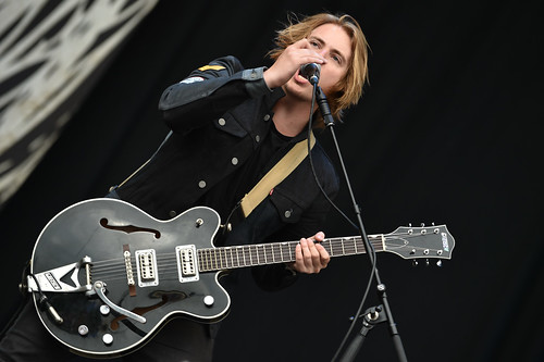 Nothing But Thieves at Leeds fetsival 2016