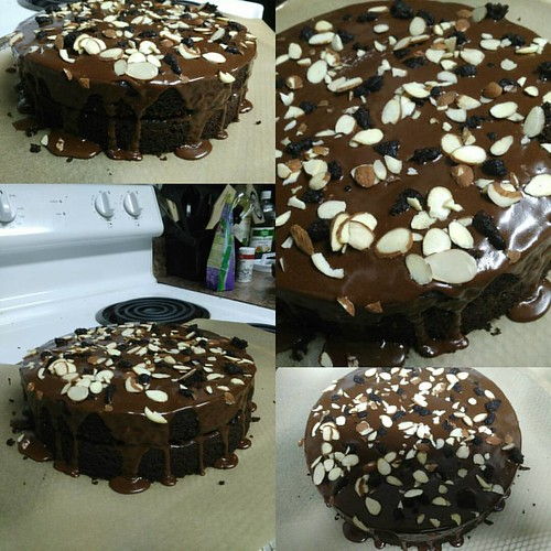 Sometimes you just gotta bake a cake. Used a @beautifullybohemian original vegan recipe from her website www.beautifullybohemian.com then added some almonds and sprinkled the bits that stuck to the baking pans. Check out all of her recipes!   #vegan #vega
