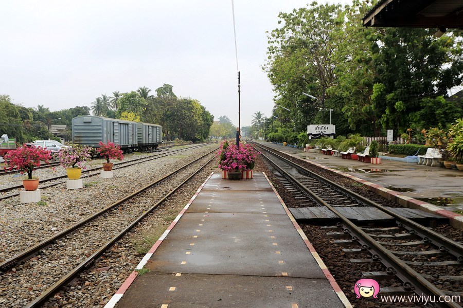 [泰國.景點]泰緬鐵路&死亡鐵路的起點.Ban Pong Railway Station班蓬火車站~Ratchaburi拉差汶里府 @VIVIYU小世界