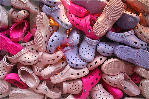 lila crocs