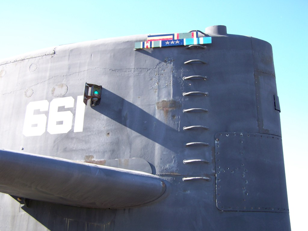 sail of the uss lapon submarine | the uss lapon was built in