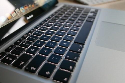 Apple Aluminum MacBook