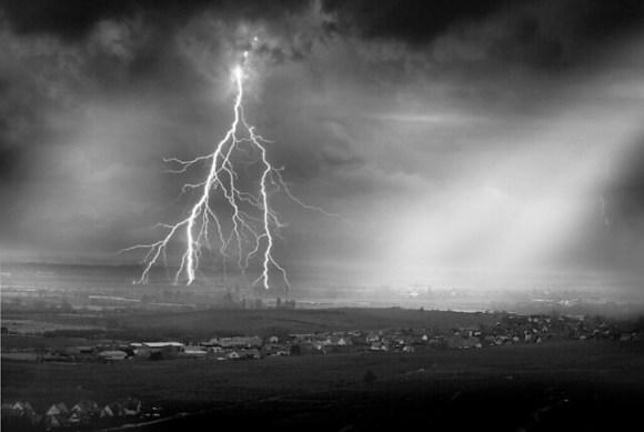 Foudre sur la plaine - Lightning plain