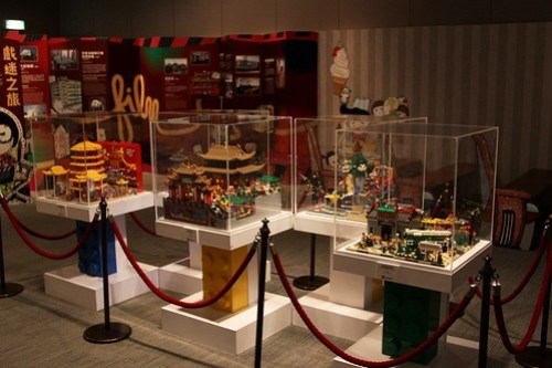A series of Lego displays showing various Hong Kong scenes