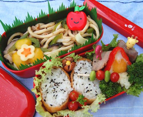Yaki udon and inari sushi