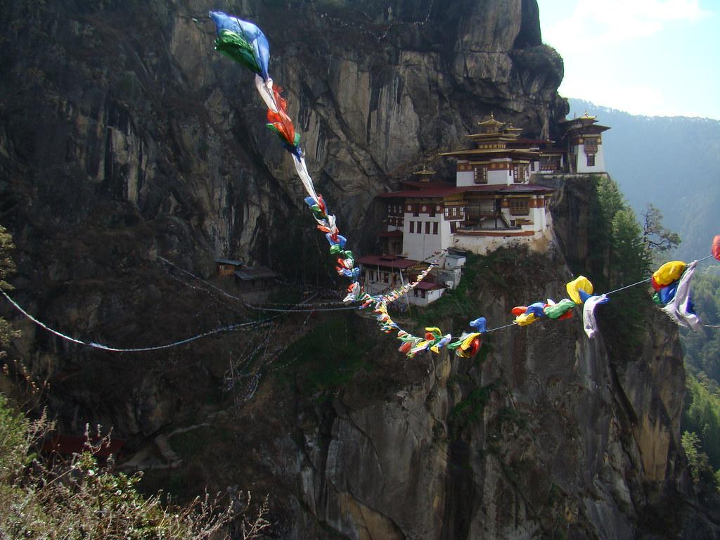 Monasterio de Taktsang/Nido del Tigre en Valle de Paro-Bhutan 22