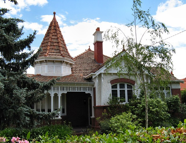 Essendon Architecture by Dean Melbourne