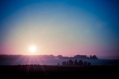 Stonehenge riser