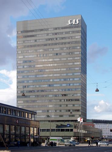 arne jacobsen, SAS royal hotel, copenhagen, 1955-1960 by seier+seier