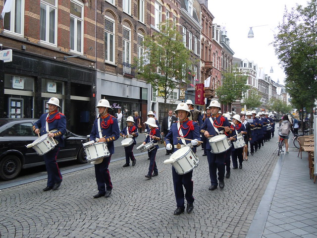 A one band parade
