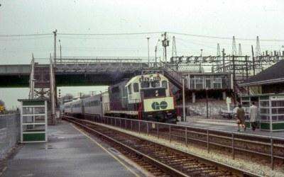 19680511 33 Go Transit @ Danforth Station