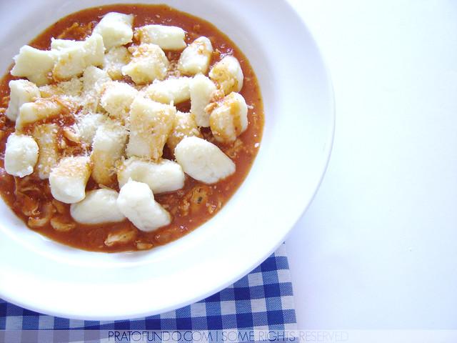 Nhoque (Gnocchi) de Batata ao Vermelhos