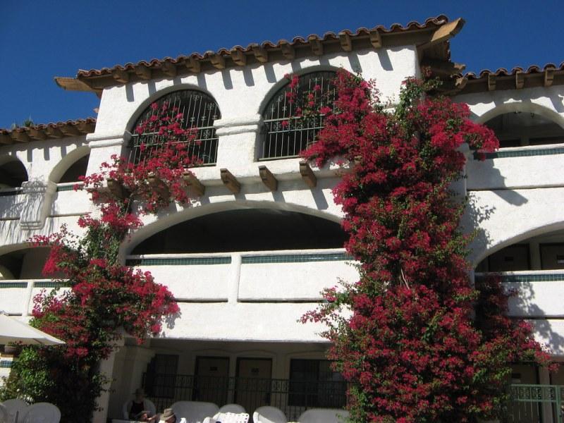 Las Brisas Hotel