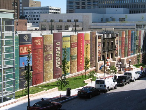 Central Library Parking Garage by Kansas City Public Library