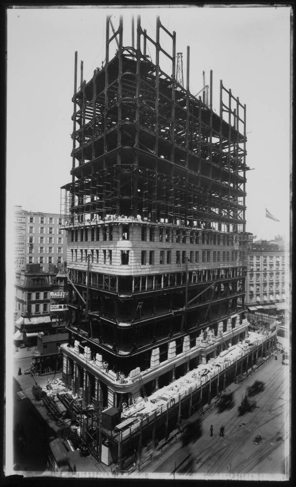 Construction of Flatiron Building
