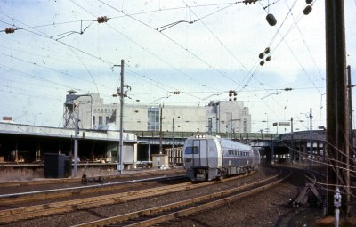 19700308 06 PC Metroliner, 30th St., Philadelphia