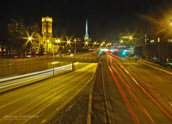 Night Traffic in Minneapolis, 19 Feb 2009 (2)