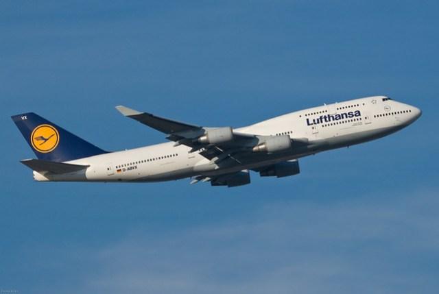 Lufthansa Boeing 747-430 D-ABVX Schleswig-Holstein (26113)