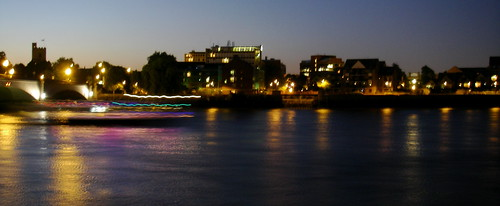 Putney Bridge at night