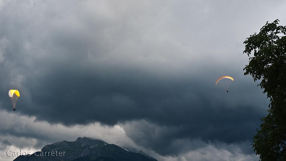 Parapente sobre Interlaken