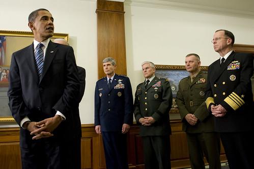 Obama visits Pentagon