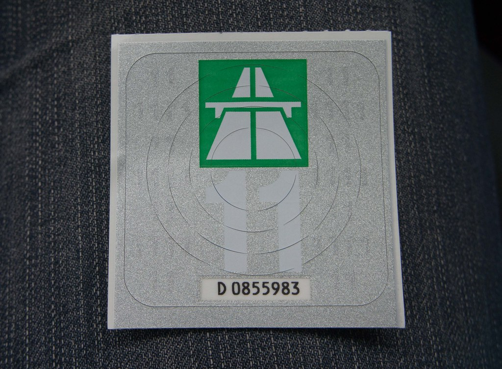 traffic sign europe 20110429-DSC01282