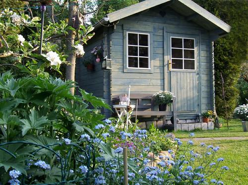 Garden Cabin Blue