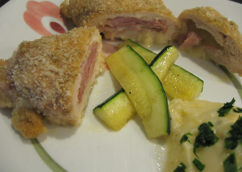 Chicken Cordon Bleu by pipsyq