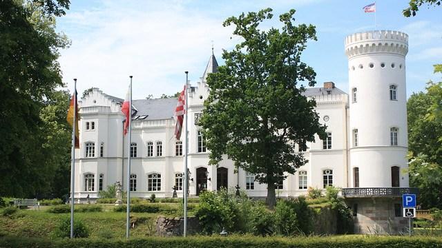 Hochzeit und Heiraten im Schloss Park Hotel Schlemmin