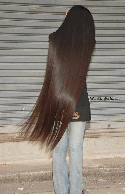 LongHairThais Knee Length Hotie Bun 3 Flickr Photo