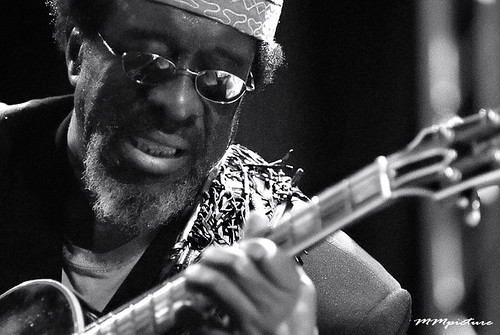 James Blood Ulmer by concert fotograaf Utrecht Maarten Mooijman