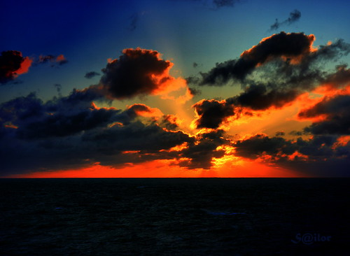 Sunset North Atlantic by S@ilor