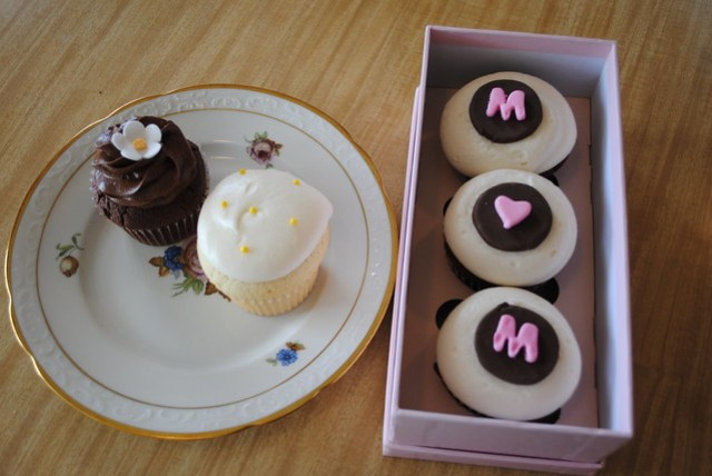 Mother's Day Cupcakes from Teacake Bake Shop
