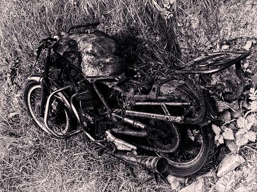 Rusty Motorbike bw by tobyct