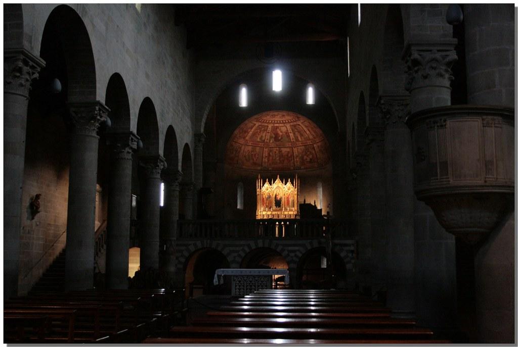 Interno chiesa Fiesole