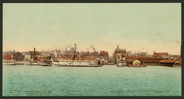 Histproic photo of Toronto from 1901 showing the downtown waterfront.