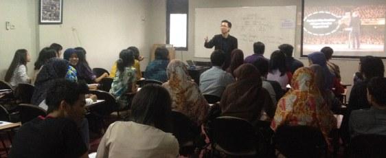 Instruktur SpeakClass @ GICI Business School Depok