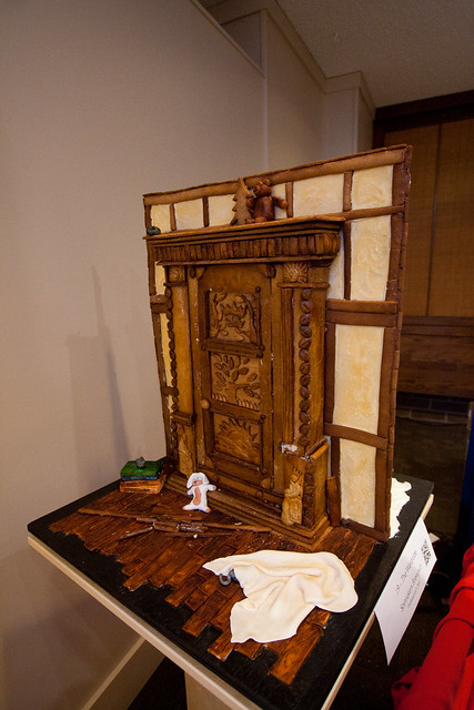 Gingerbread House 2013-3564