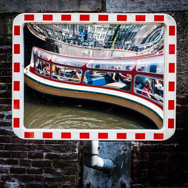 AmsterdamCanal2.jpg