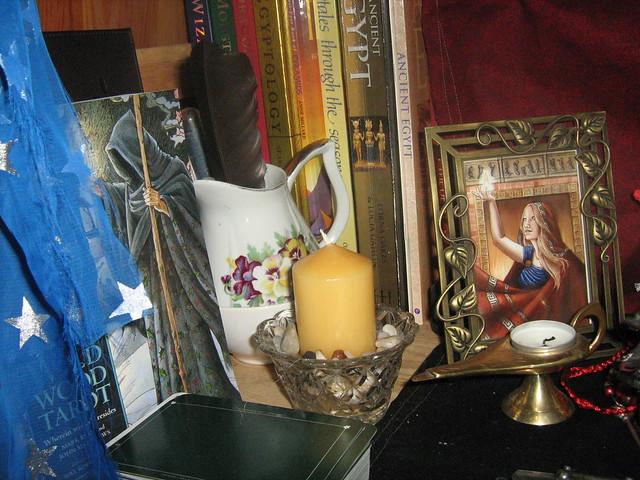 Hekate Shrine - Hestia's side