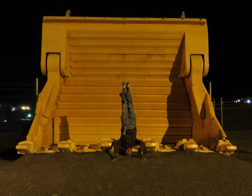 66. kalgoorlie super-pit headstand