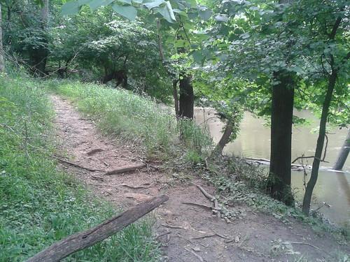 dress plaines river trail