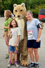 Caitlin, Rebecca, and a Cheetah