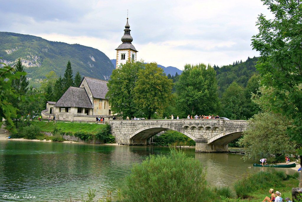 Lago Bohinj - Eslovenia (8)