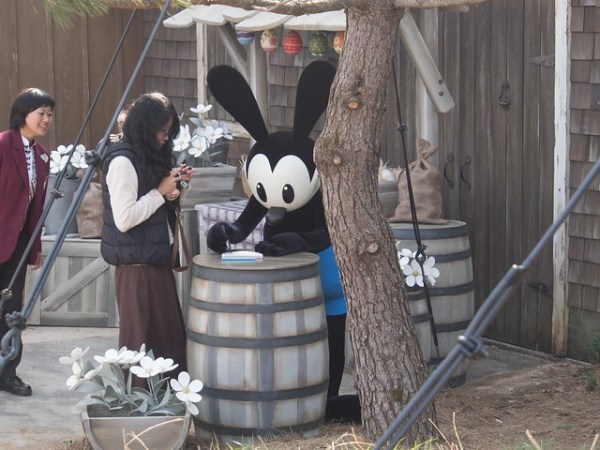 Oswald the Lucky Rabbit meet and greet at Tokyo Disneyland
