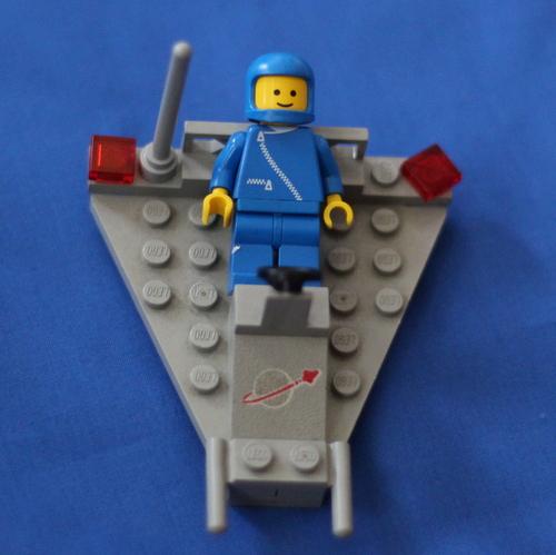 2014 02 Benny LEGO (2)